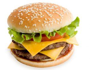 Гамбургер - вред для кожи лица